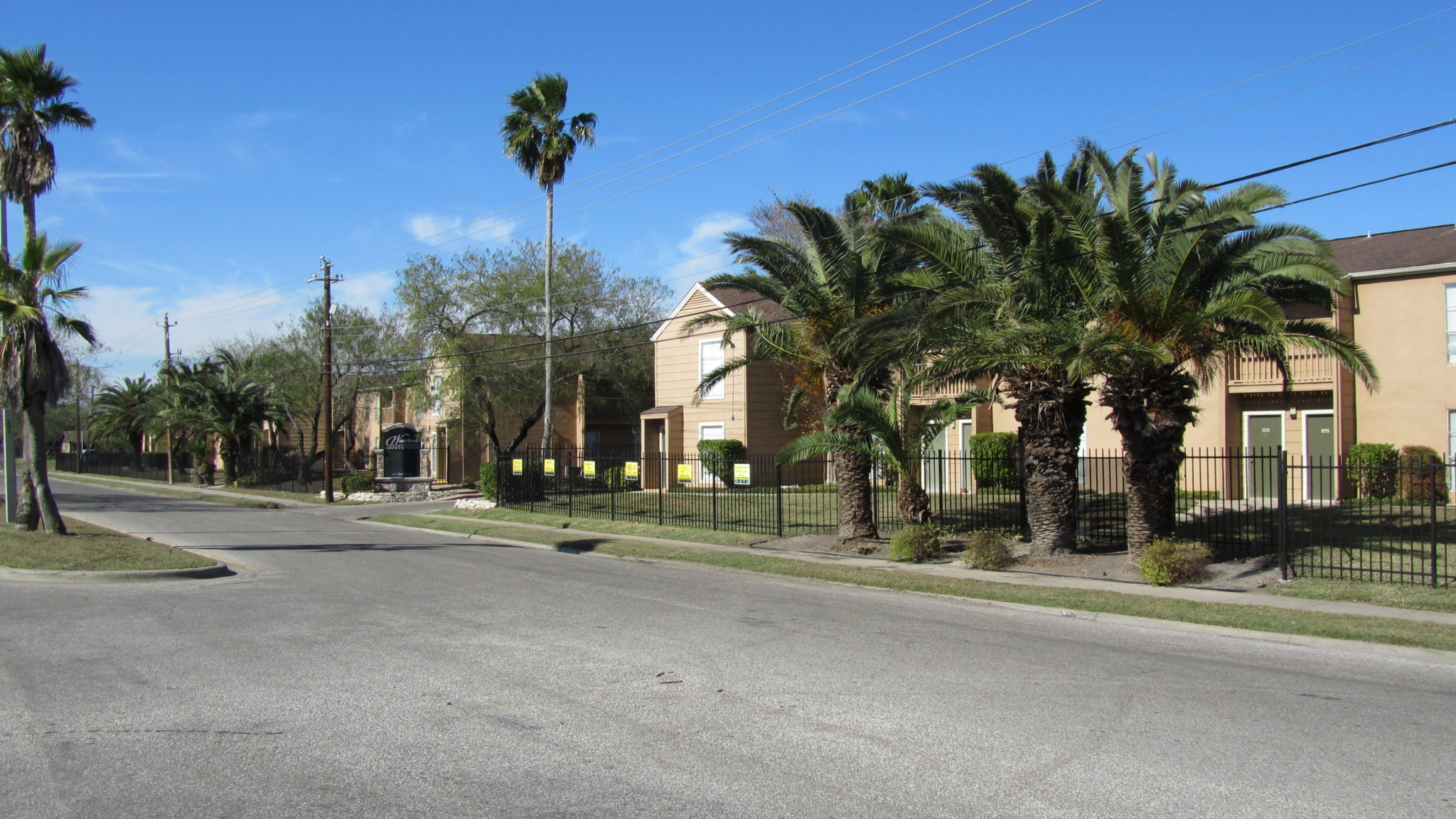 Thousand Oaks Apartment Complexes